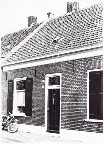 028084 - Woning  aan de Veldstraat 48, thans Pastoor van Beurdenstraat