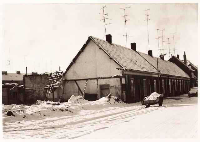 032744 - Panden aan de Vendeliersstraat 60, 62 en 64, panden nummers 50-58 gesloopt, voorheen genaamd Stevenzandsestraat
