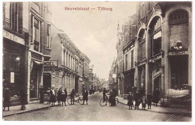 001177 - Heuvelstraat  richting Heuvel ter hoogte van de Oude Markt.
