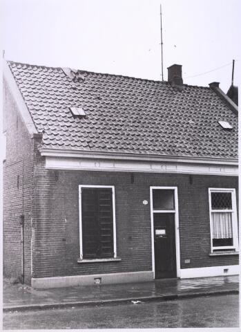 024907 - Pand Kwaadeindstraat 33 halverwege 1970
