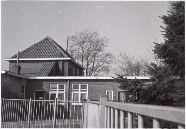 017638 - Achterzijde van het pand Don Sartostraat 2 begin 1979