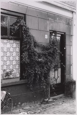 024954 - Pand Laagstraat 10 omstreeks 1978