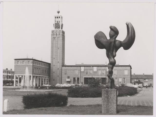 082483 - Gemeentehuis Gilze en Rijen.