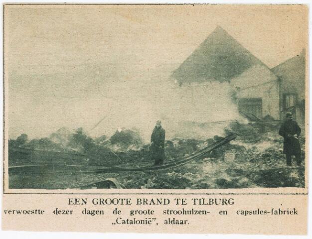 """032898 - Branden: een grote brand verwoeste op 12 december 1916 het stroohulzen en capsules-fabriek """"Catalonie"""" van Verbunt - van Dijk aan de Stedekestraat 48"""