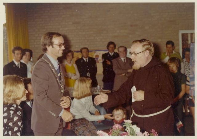 89076 - Installatie van de nieuwe burgemeester van Terheijden: dhr. J. van Maasakkers