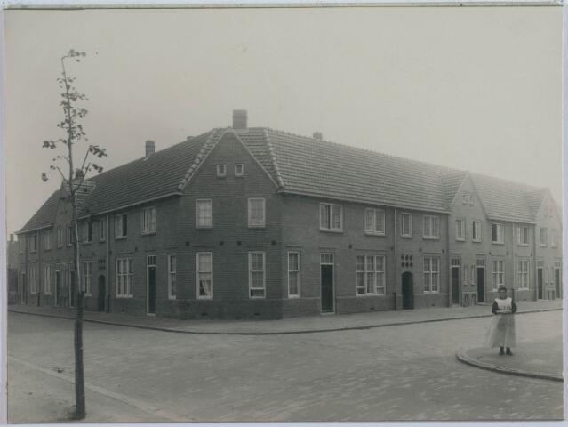 027962 - Panden aan de Paduastraat/ hoek Kardinaal van Rossumstraat