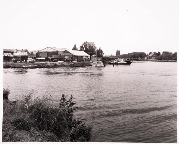 034753 - Jachtwerf aan het Wilhelminakanaal