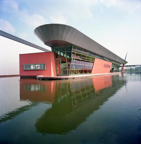 D-00629 - Vadobag bedrijfspand aan de Clara Zetkinweg (tegenwoordig het pand van TopTrucks.nl) (architecten - Luijten/Smeulders)