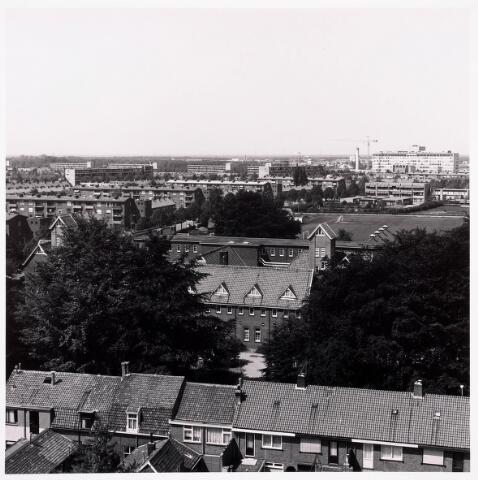 "036705 - Panorama van Tilburg vanaf de torenflat ""Vredeburcht """
