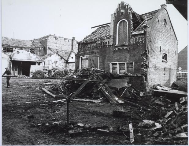 025504 - Pand van de voormalige wijnhandel Verbunt aan de Langestraat ten tijde van de sloop begin 1978