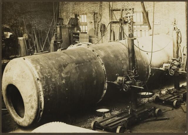 068549 - Metaalindustrie. Interieur van stoomketelfabriek Hagoort te Tilburg.