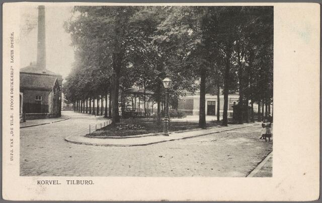 010394 - Korvel in zuidelijke richting op de splitsing van de wegen naar de wijk Oerle (links) en Goirle (rechts). Links de textielfabriek van de firma Van Dooren & Dams.