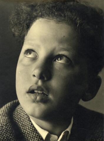 602393 - Jongensportret.