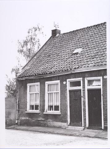 017488 - Pand aan de Oude Veldstraat, thans Deken Sandersstraat, halverwege 1966
