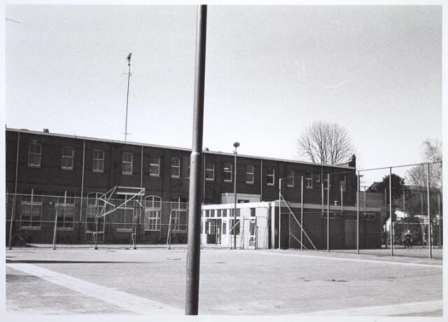 026778 - Sportveld achter Huize Nazareth in 1978