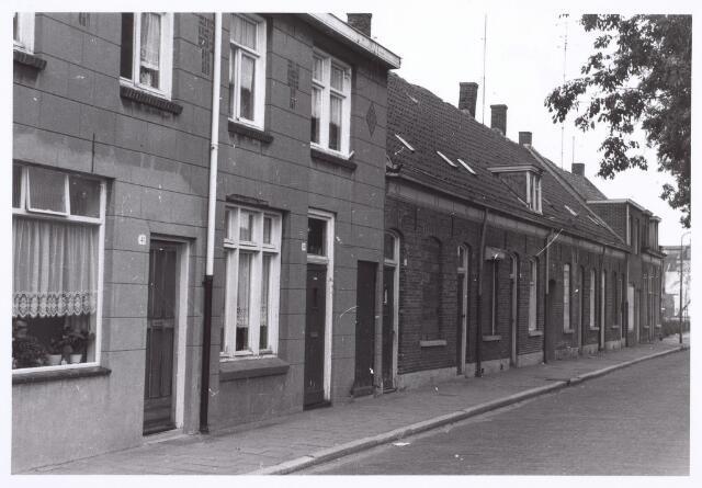 014405 - Panden Atelierstraat 39 (midden) en 41 (uiterst links)