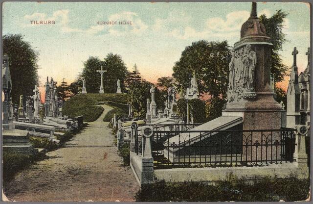 011053 - kerkhof van de parochie Heike (St. Dionysius) aan de Bredaseweg, opengesteld in 1811. Op de achtergrond de Calvarieberg.