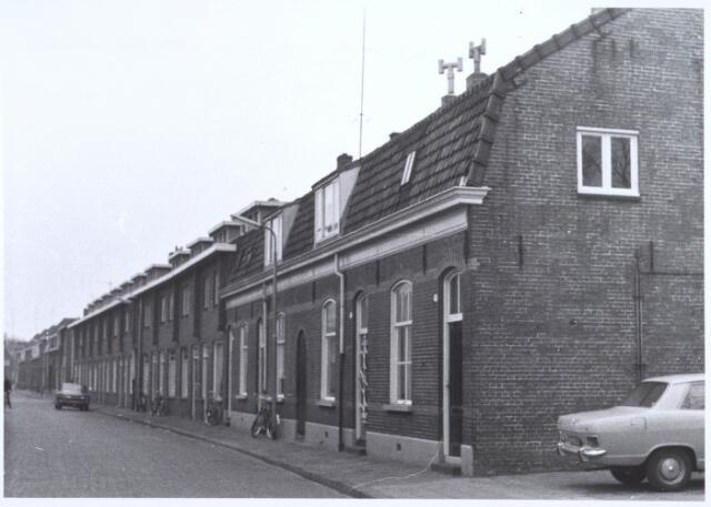 020751 - Panden Hesperenstraat 11 tot en met 39 (van rechts naar links) begin 1973