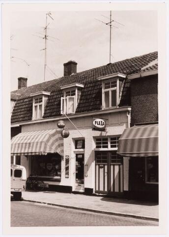 034370 - Winkels. Drogisterij Franken aan het Lijnsheike later Von Weberstraat.