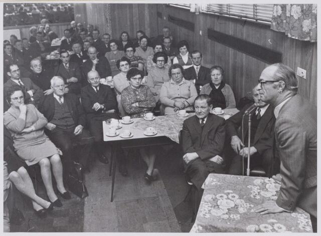 100682 - Boerenbonden. Het 75-jarig bestaan van de Noordbrabantse Christelijke Boerenbond (N.C.B.) Oosterhout.
