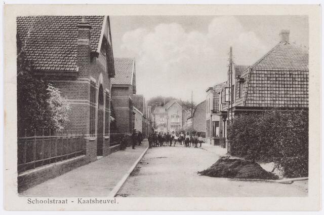 056441 - Dr. van Beurdenstraat, Schoolstraat, Kaatsheuvel