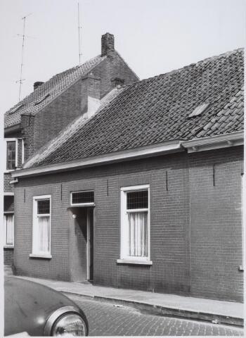 026199 - Pand Lijnsheike 70A halverwege april 1968