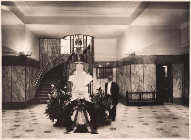 032130 - Interieur van het Paleis-Raadhuis aan het Stadhuisplein