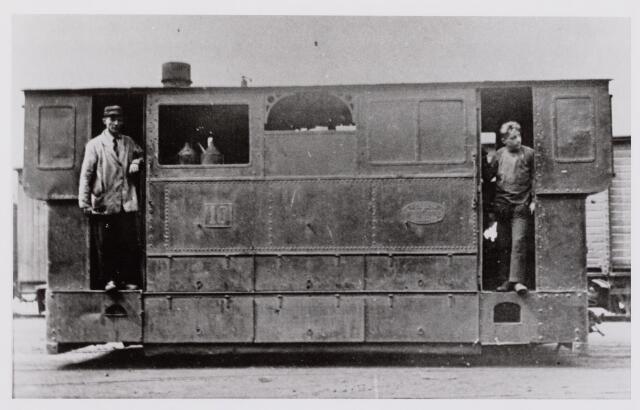 041479 - Openbaar vervoer. Hollandse Buurtspoorwegen. Loc.nr. 10, 1935.