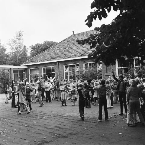 072436 - Speelplaats Agnes basisschool.