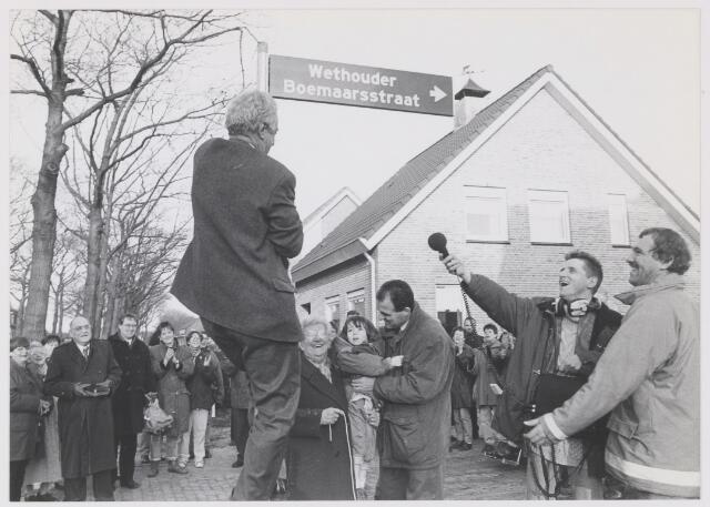 """081452 - Onthulling van straatnaambord """"Wethouder Boemaarsstraat"""""""
