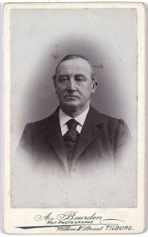 004950 - Waarschijnlijk: Jozef KNEGTEL (Josephus Petrus Vincentius, Tilburg 1834-1926), bakker van beroep, zoon van bakker Hein Knegtel (1808-1877) en Cornelia van Loon (1812-1857). zie foto 4949