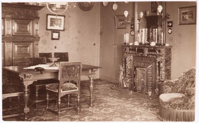 033283 - Eetkamer in villa Tivoli aan de Bosscheweg, nu Tivolistraat.