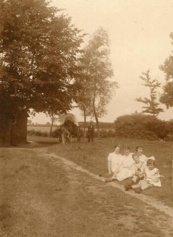 600737 - Kasteel Loon op Zand. Families Verheyen, Kolfschoten en Van Stratum