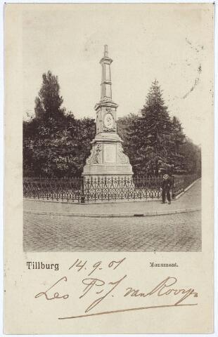 002502 - Gedenknaald voor koning Willem II op de hoek Monumentstraat-Paleisstraat.