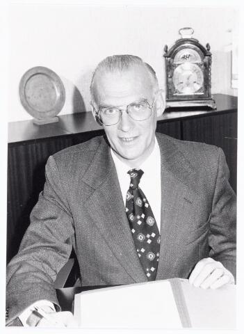 039265 - Volt, Directie, Management. Ir.A.Hoevenaars. Directeur van Volt van 1 juli 1977 tot en met 31 december 1981. Daarvoor was hij al een aantal jaren bedrijfsleider bij Volt Turnhout.