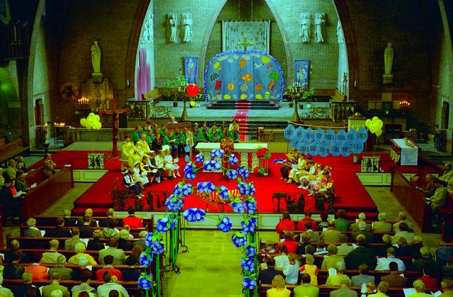 655323 - Interieur Sacramentskerk.