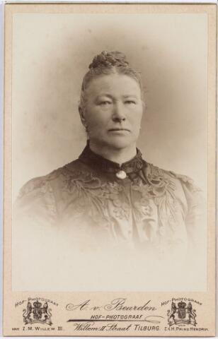006449 - Johanna Maria Huberta Donders (1840-1909) gehuwd in 1865 met Norbertus de Beer (1831-1915)