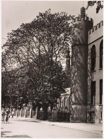 032199 - Paleis-Raadhuis aan het Stadhuisplein