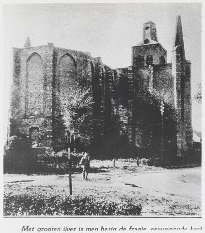 055500 - Nederlands Hervormde Kerk tijdens de restauratie