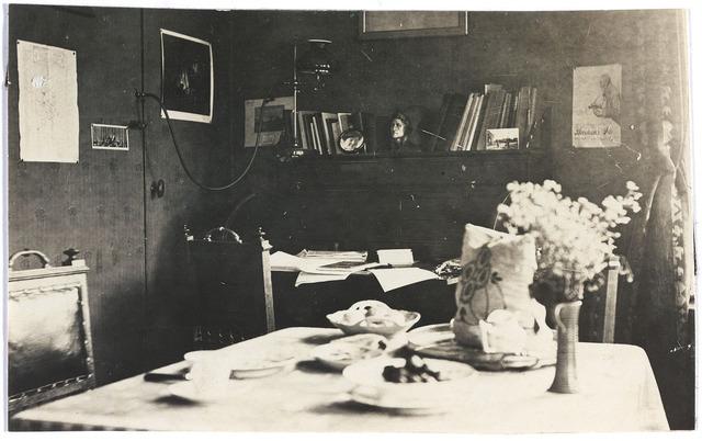 006714 - Interieurfoto van de Familie Brouwers-van Waesberghe. Begin 20ste eeuw