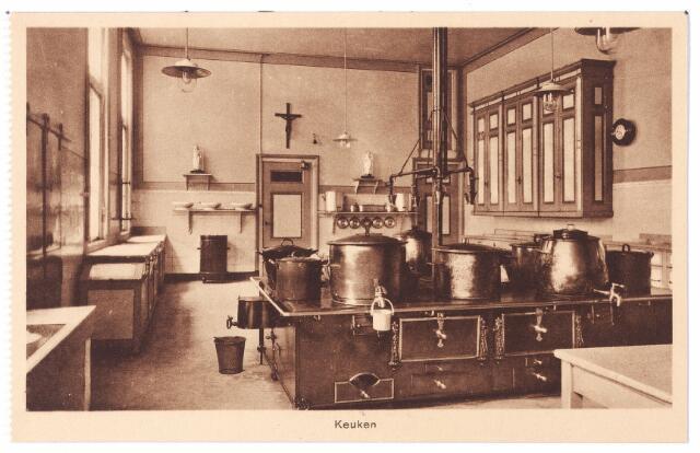 001579 - Keuken van het St. Josephgasthuis aan de Lange Nieuwstraat.