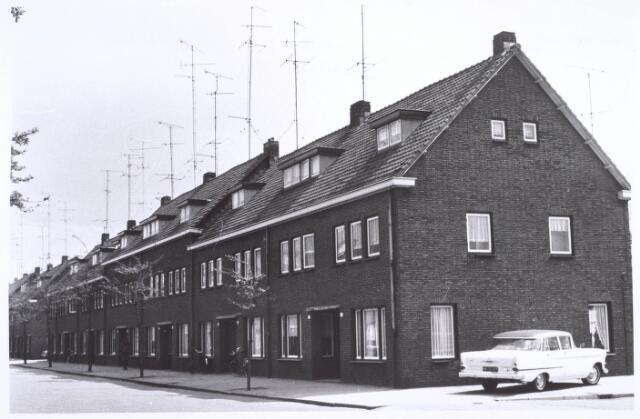 020137 - Beethovenstraat, thans Hart van Brabantlaan, halverwege 1967