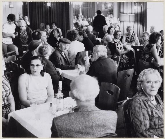 100768 - Gezellige middag in paviljoen De Waranda.