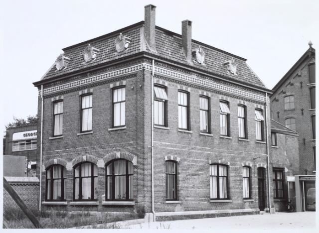 019274 - Kantoor van de voormalige wollenstoffenfabriek C. Mommers, thans behorend tot het Nederlands Textielmuseum