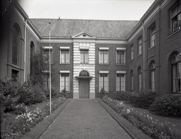 654449 - Huize St. Ignatius.