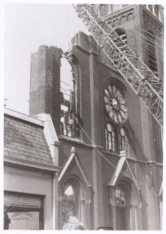 017069 - Sloop van de kerk van de parochie St.-Anna in 1973