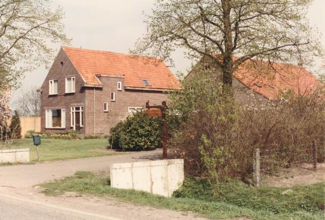 650854 - Gebied waar de latere woonwijk 'De Reeshof' is gebouwd.