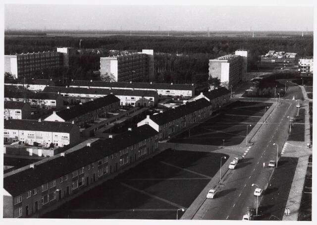 036556 - Panorama van Tilburg vanaf de flat van het Paletplein