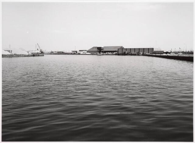 034815 - Industriehaven aan het Wilhelminakanaal