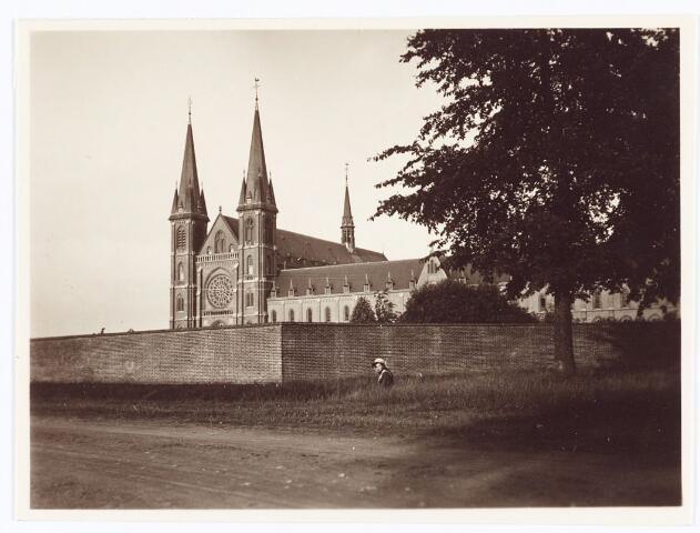 062156 - Kloosters. Abdij van Onze Lieve Vrouw van Koningshoeven aan de Eindhovenseweg 3